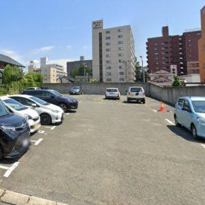 翁本舗月極駐車場
